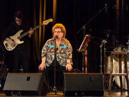 Blues-Legende Joy Fleming (72) begeistert Fans im ausverkauften Capitol.