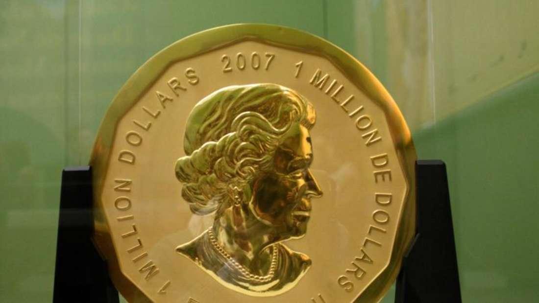 Unbekannte haben die 100 Kilogramm schwere Goldmünze «Big Maple Leaf» aus dem Berliner Bode-Museum gestohlen. Foto: Marcel Mettelsiefen