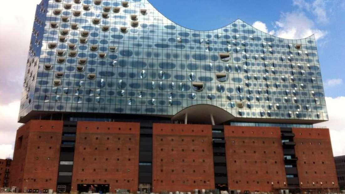 Die Elbphilharmonie ist das architektonische Wahrzeichen Hamburgs.