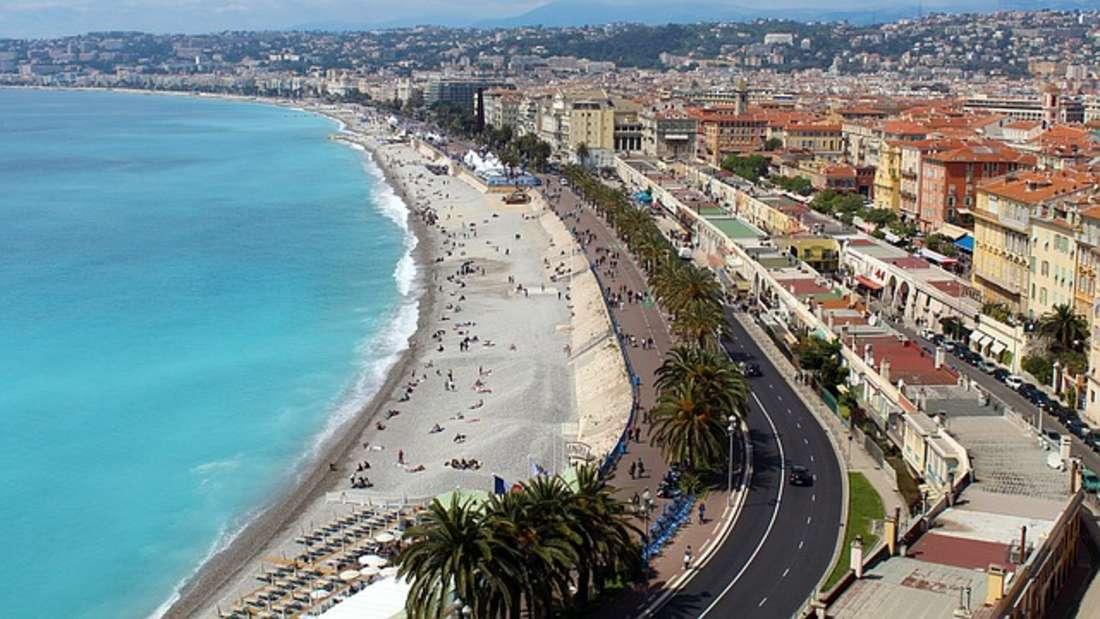 Glamour, Strand und (Mittel-)Meer: Nizza ist ein Mekka für alle Sonnen- und Erlebnishungrigen.