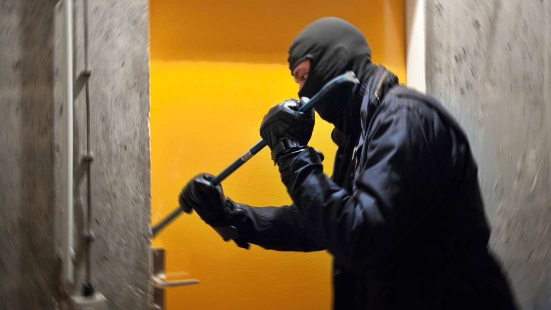 Schutz vor Einbrechern: Nicht alle Maßnahmen müssen Sie ein Vermögenkosten.