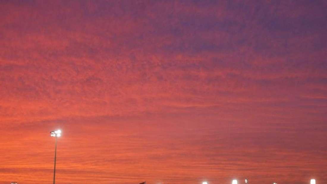 Das Formel-1-Rennen in Bahrain wird wegen der großen Hitze am Abend gestartet. Foto: Valdrin Xhemaj