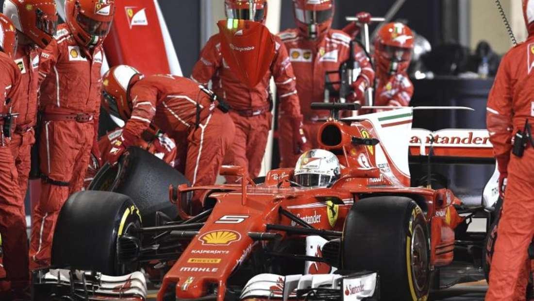 Die Boxenstopps brachten Vettel auf die Siegerstraße. Foto: Andrej Isakovic