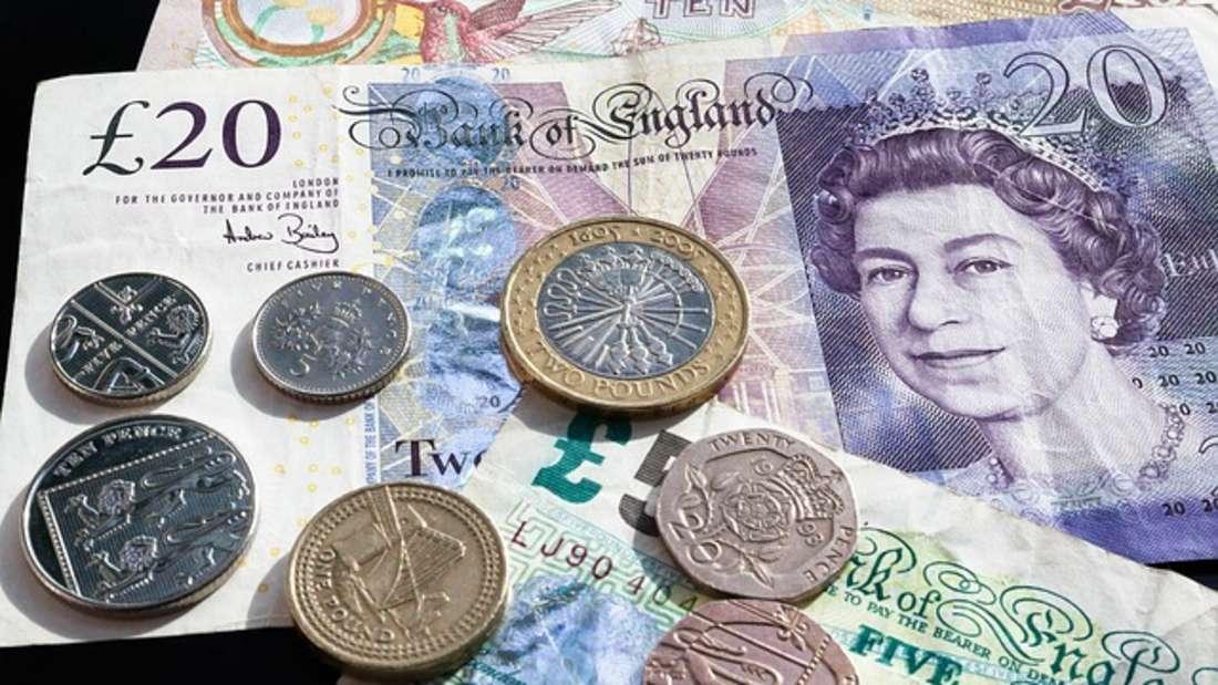 Das britische Pfund ist die offizielle Währung des Vereinigten Königreichs, inklusive der Kanalinseln und der Isle of Man. Es gilt nach dem US-Dollar und dem Euro neben dem japanischen Yen als eine der wichtigsten Währungen der Welt. Das Pfund ist etwa 1.2000 Jahre alt und ist damit die älteste Währung der Welt, die immer noch im Umlauf ist.
