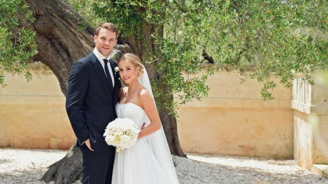 Manuel und seine Frau Nina Neuer kurz nach der kirchlichen Hochzeit in Monopoli Foto: Pia Clodi