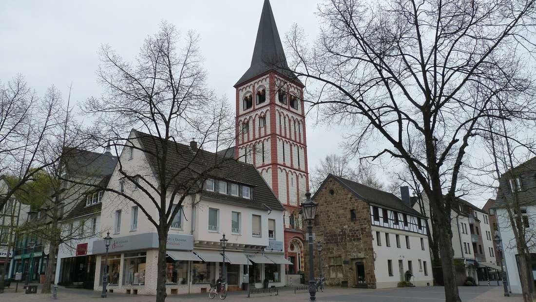 Platz 4: Mit den Städten Bonn und Köln in unmittelbarer Nähe ist der Rhein-Sieg-Kreis eine beliebte Wohngegend. Viele Bürger pendeln von außerhalb in die Städte zum Arbeiten. Deswegen vermutet die HWWI ein Bevölkerungswachstum um 29.016 Menschen auf 596.000 Einwohner.