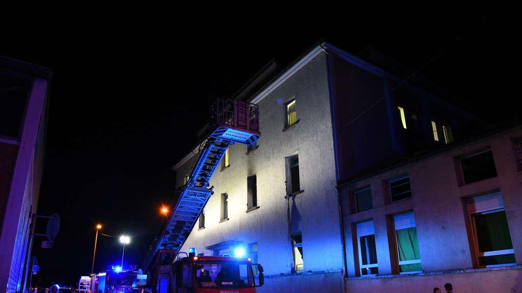 Mannheim neckarstadt west feuer in zimmer in for Zimmer 7 mannheim