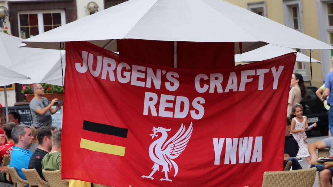 In Sinsheim und Heidelberg: Liverpool-Fans feiern vor Champions-League-Kracher.