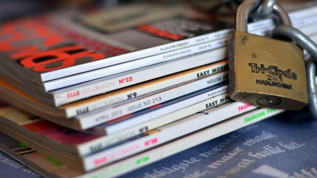 Zeitschriften bieten einen netten Zeitvertreib, werden nach dem ersten Durchlesen aber schnell wieder uninteressant - dann liegen sie nutzlos herum und finden keine Beachtung mehr. Interessante Artikel oder Rezepte können Sie ausschneiden, doch von älteren Magazinen sollten Sie sich verabschieden.