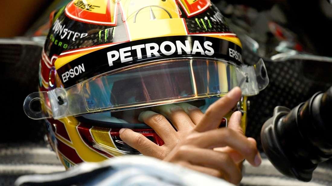 Lewis Hamilton sieht seine Zukunft weiter bei Mercedes.