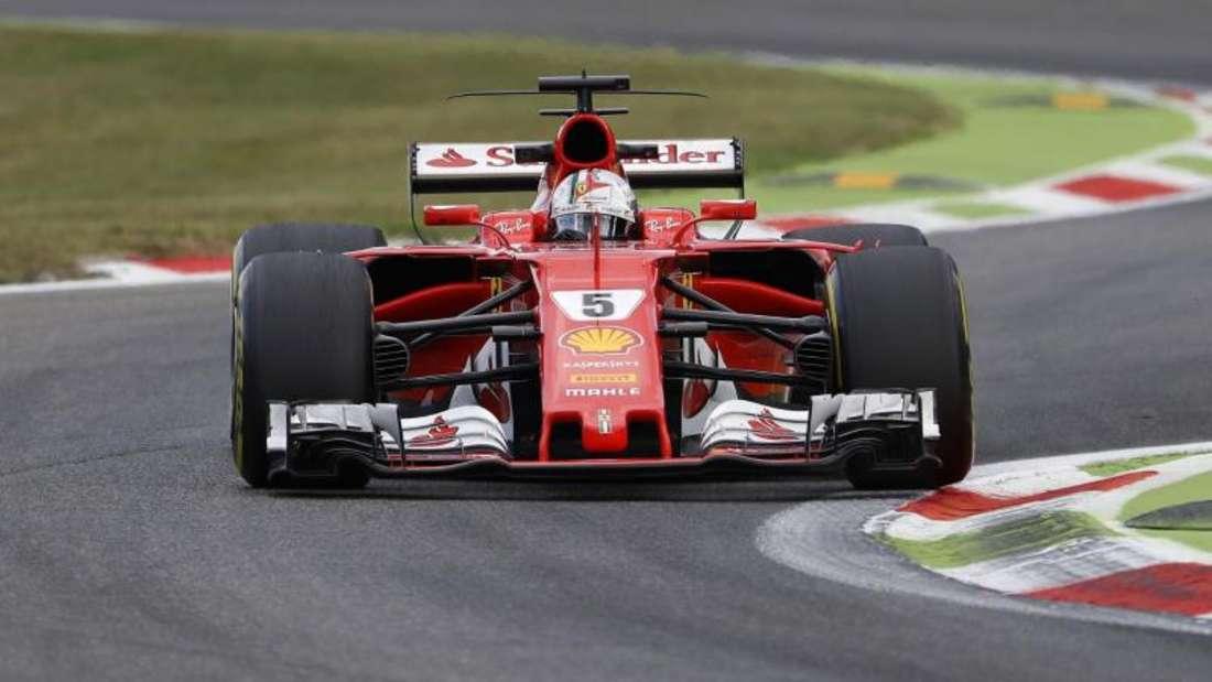 Ferrari-Fahrer Sebastian Vettel hofft auf die Pole Position beim Heimrennen in Monza. Foto: Antonio Calanni