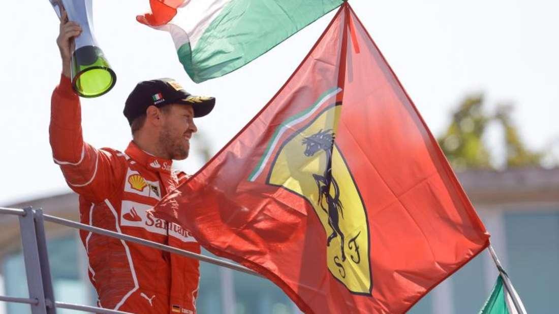 Sebastian Vettel kam in Monza hinter Lewis Hamilton als Zweiter ins Ziel. Foto: Luca Bruno