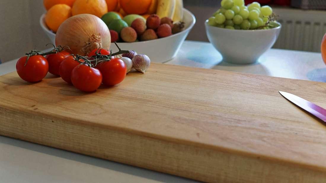 Ist ein Holzbrett hygienischer als eines aus Plastik?
