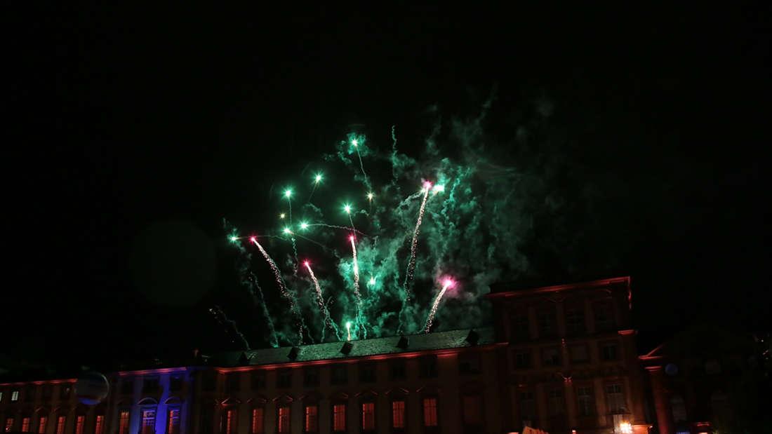 Feuerwerk und Party beim 14. Mannheimer Schlossfest