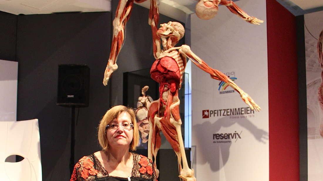 Körperspenderin Doris Tögel (55) will im Rollstuhl plastiniert und in der KÖRPERWELTEN gezeigt werden.