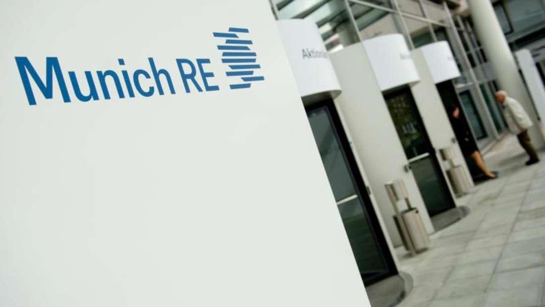 Platz 14: Munich RE (Versicherung) - Bewertung der Vergütung & Zusatzleistungen: 4,3.