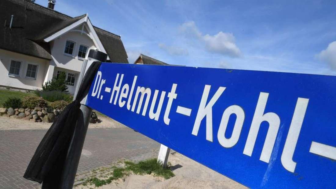 """Eine """"Helmut-Kohl-Straße"""" oder ein """"Helmut-Kohl-Platz"""" wird kommen - das ist sicher. (Symbolbild)"""
