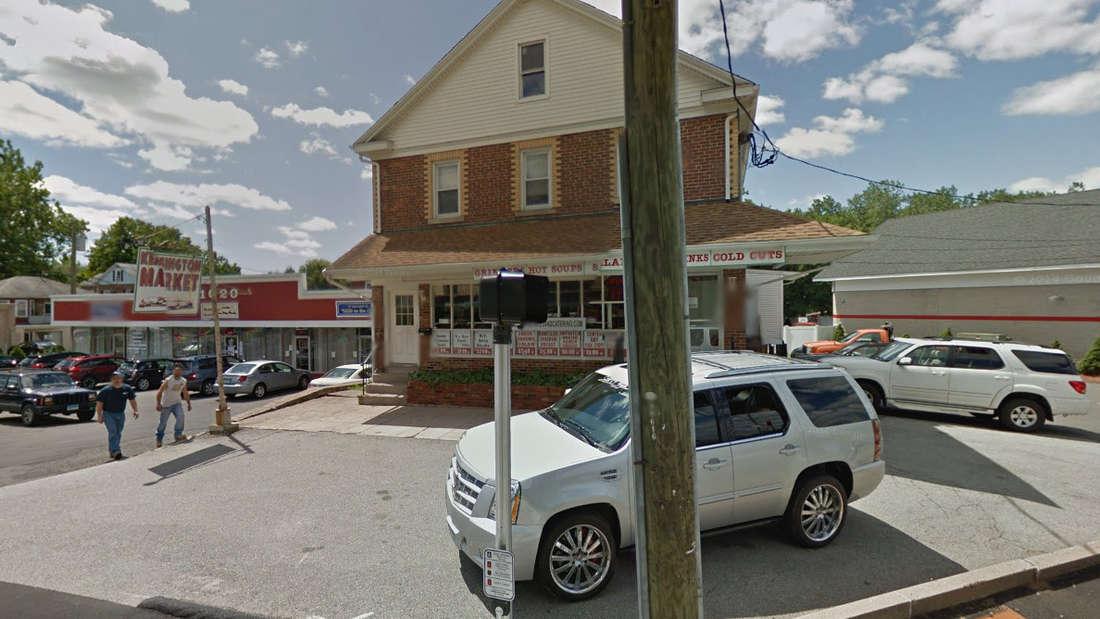 Berlin, Connecticut: Der kleine Ort in Hartford County bildet, immerhin,genau denMittelpunkt des Staates Connecticut.
