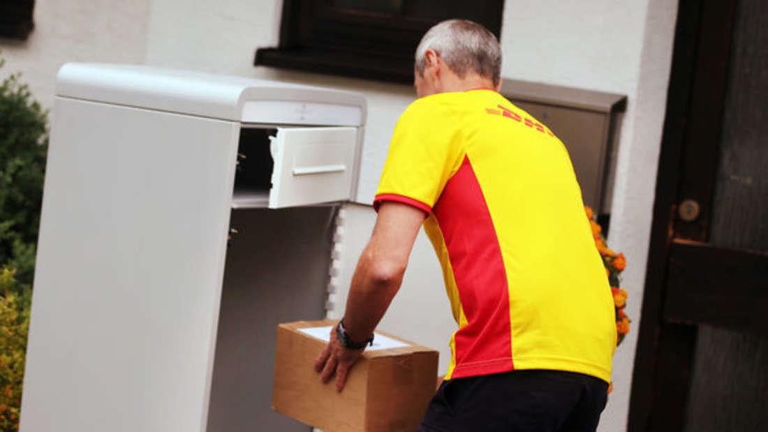 Zahlreiche Anbieter wollen Kunden die Annahme von Paketen erleichtern.