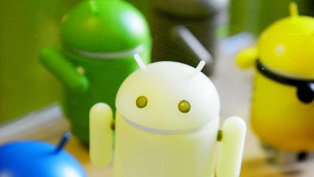 Mit der Android-App «CPU-Z» können User mehr über das Innenleben ihres Handys herausfinden. Foto: Britta Pedersen/dpa