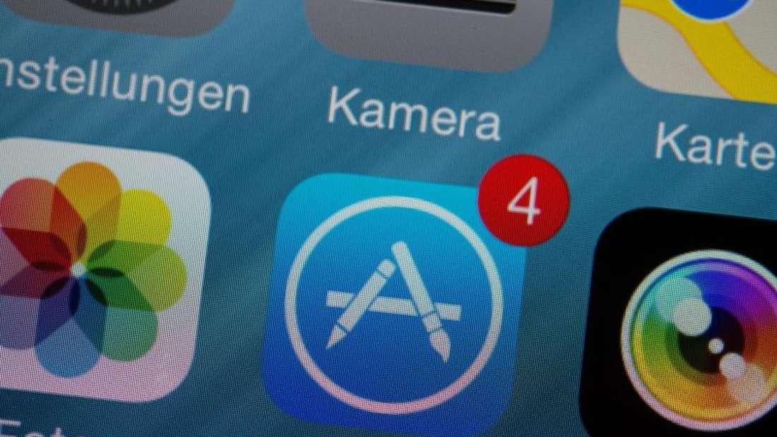 Im App Store werden bald nur noch 64-Bit-Apps zum Download bereit stehen. Wer kostenpflichtige 32-Bit-Apps heruntergeladen hat, wird diese bald nicht mehr nutzen können. Foto: Andrea Warnecke/dpa-tmn/dpa