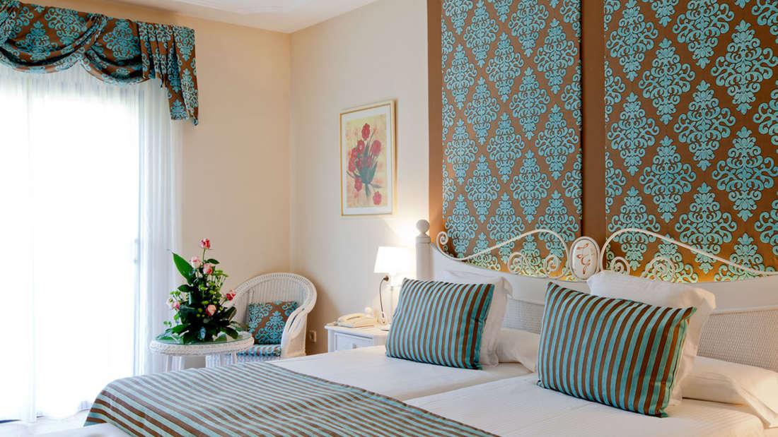 Neben der Ruhe der Gartenanlage loben Gäste vor allem die familiäre Atmosphäre und das freundliche und hilfsbereite Personal. Hier kümmern sich die Hotelbesitzer persönlich um ihre Gäste.
