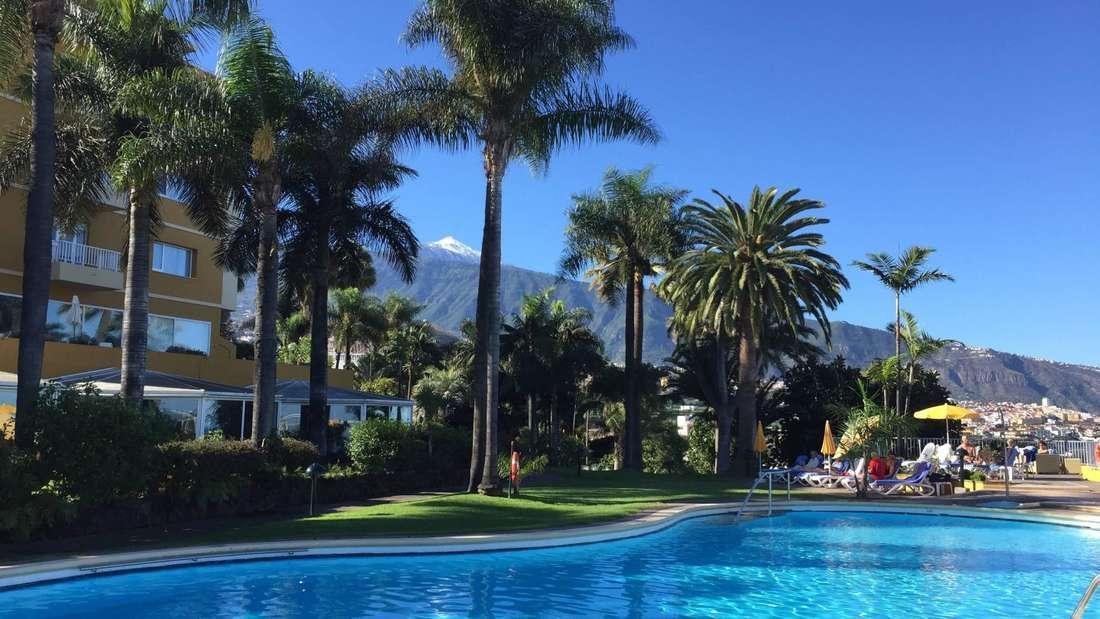 Bei einem Urlaub im Vier-Sterne-Hotel Tigaiga lässt sich die Nordküste Teneriffas in ruhiger Atmosphäre genießen. Umgeben von einem subtropischen Palmengarten erwartet das kleine, familiengeführte Hotel seine Gäste mit 76 Zimmern und sieben Panorama-Suiten.