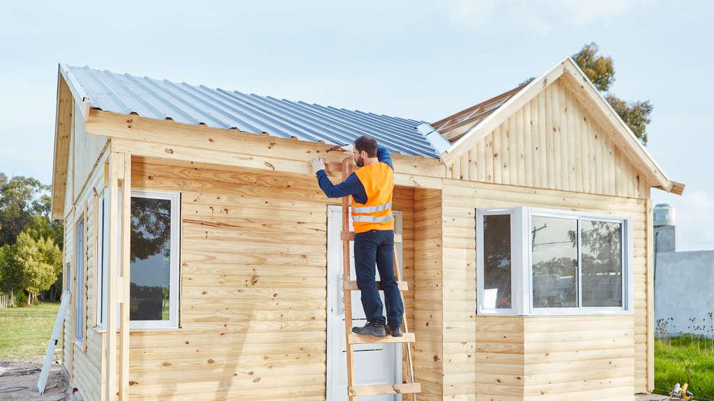 gesetze f r heimwerker das ist zu beachten bei hecken gartenhaus und carport bauen wohnen. Black Bedroom Furniture Sets. Home Design Ideas