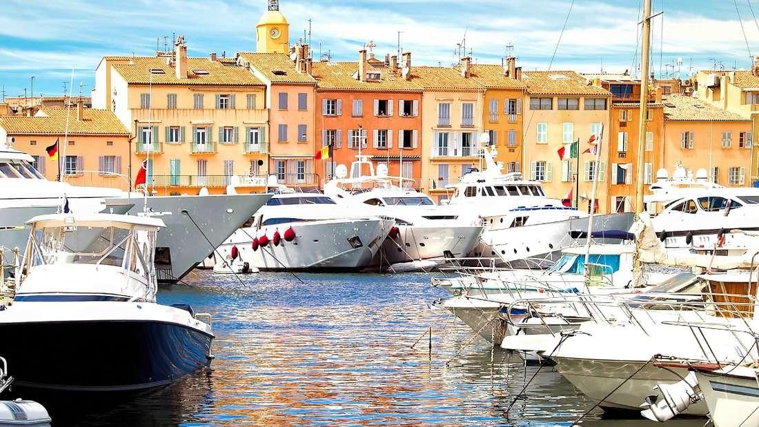 Yacht-Hafen von St. Tropez in Frankreich.