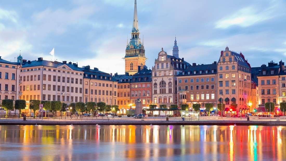 Schweden, Stockholm, mit Blick auf den Stadtteil Gamla Stan.