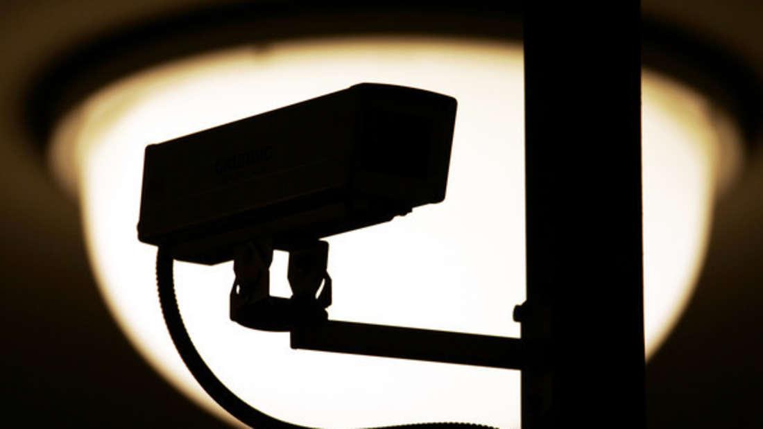 Manchmal sind auf Überwachungsaufnahmen gruselige Dinge zu sehen - aber ist das gleich ein Hinweis auf Geister?