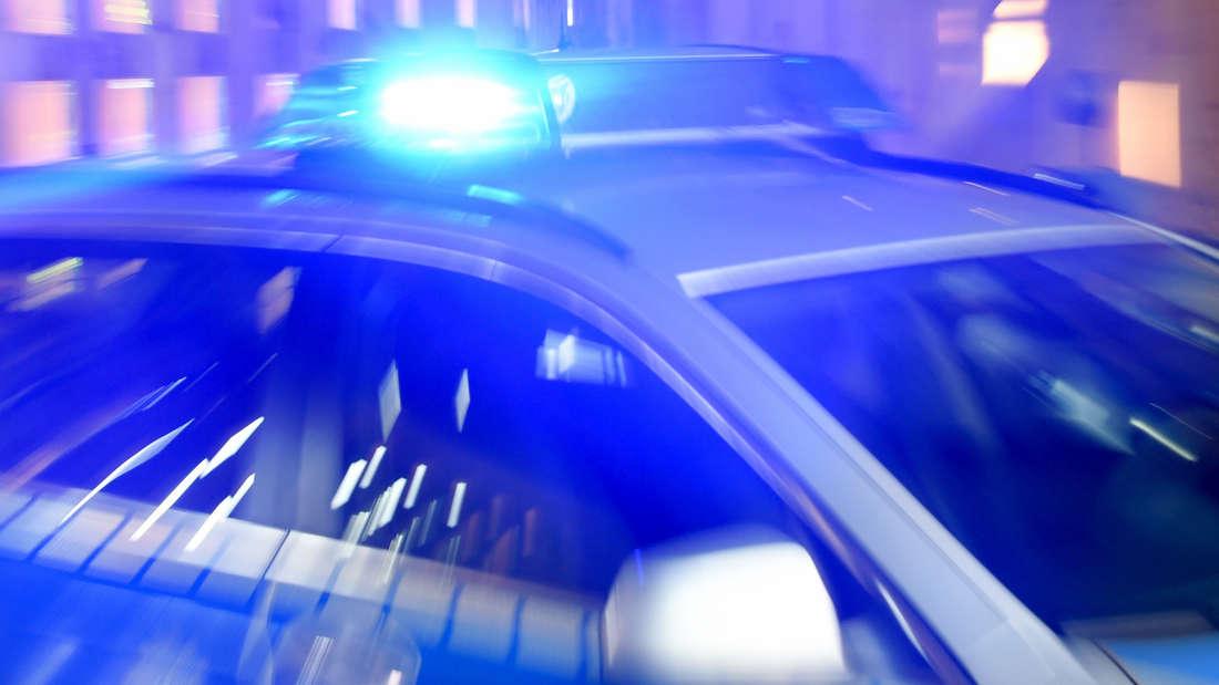Die Polizei muss drei Mal in einer Nacht zu einem Randalierer fahren. (Symbolfoto)