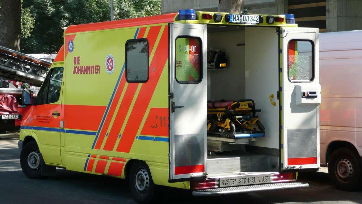 Mannheim Seckenheim 91 J Hriger Hat Unfall Mit Roller Und