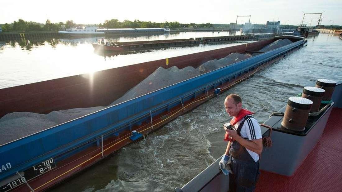 Platz 2: Binnenschiffer kann man zwar nicht überall werden, aber die Ausbildung lohnt sich: Hier sind zwischen 800 und 1.100 Euro brutto drin.
