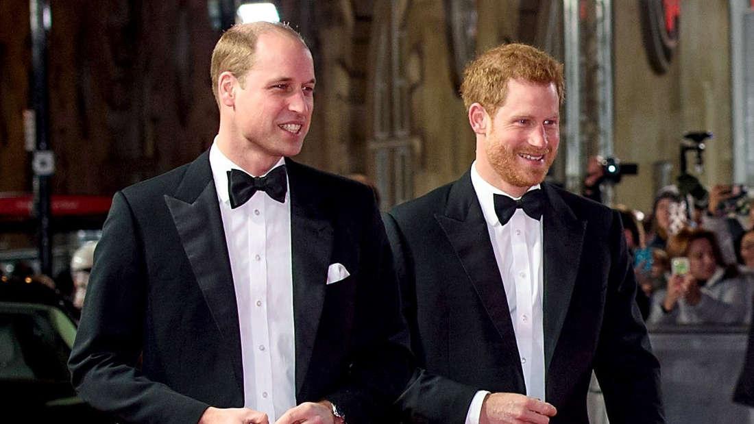 Der große Bruder als Trauzeuge: Prinz William steht Harry vor dem Altar zur Seite.