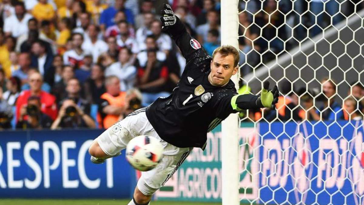 «bild» manuel neuer bei dfbpokalfinale im bayernkader