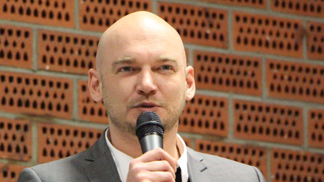 Waldhof-Geschäftsführer Markus Kompp hat sich zum Spiel-Abbruch gegen Uerdingen geäußert.
