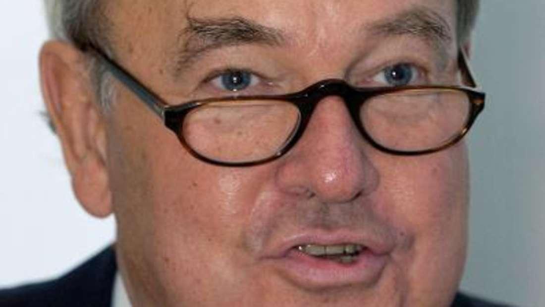Heinz-Hermann Thiele war erst juristischer Sachbearbeiter, später dann sogar Chef von Knorr-Bremse. Im selben Jahr übernahm er die Mehrheit am Bremsenspezialisten. Heute ist der 76-Jährige Aufsichtsratsvorsitzender von Vossloh und Knorr-Bremse. Geschätztes Vermögen: 14,3 Milliarden Euro.