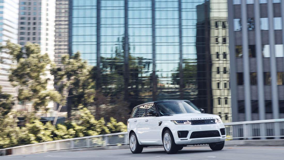 … einen Range Rover Sport. Ganz familientauglich und bescheiden