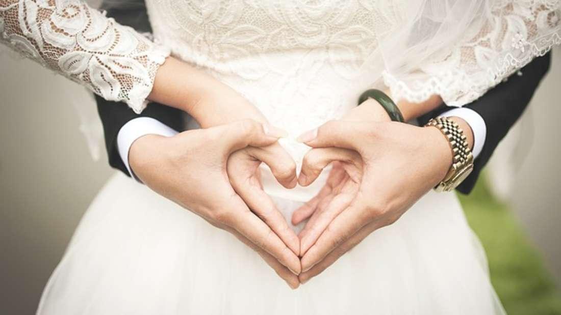 Eine Hochzeit ist der schönste Tag im Leben eines Paares. Doch oft auch der Teuerste.