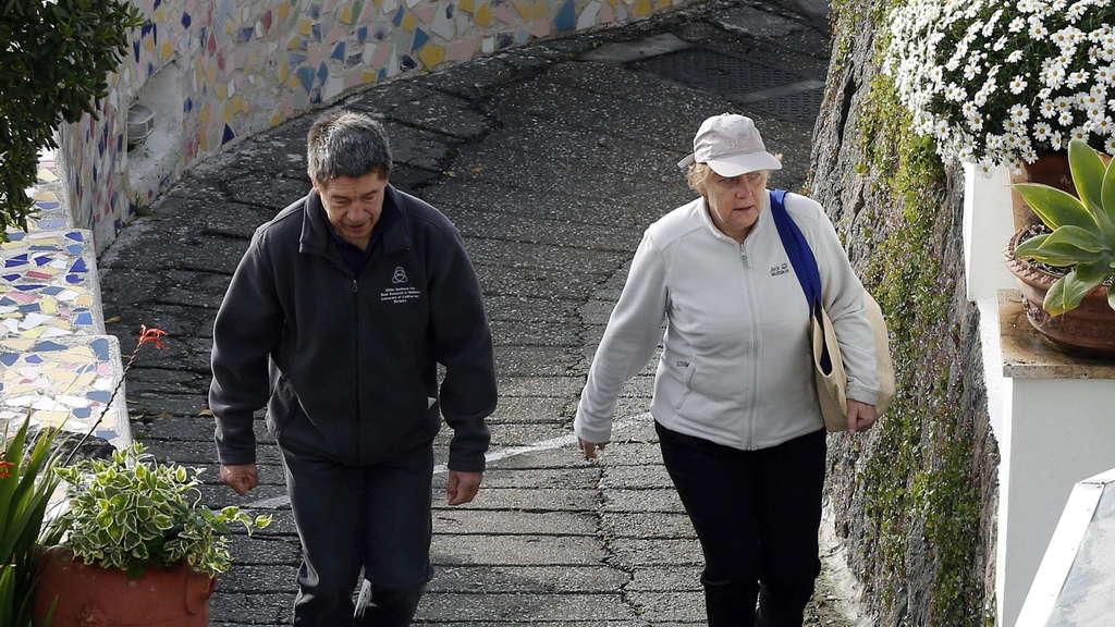 Merkel Und Sauer