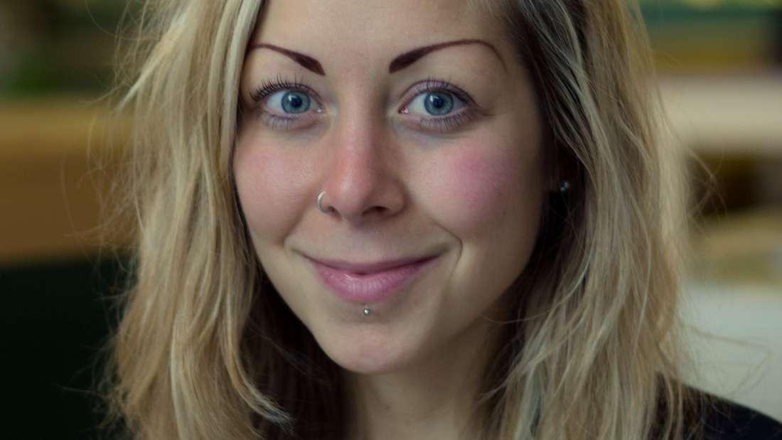 """Carla Schweizer (29):""""Ich möchte Night Mayor werden, weil ich sicher bin, dass ein konfliktfreies Miteinander aller Akteure des Mannheimer Nachtlebens möglich und nötig ist und ich diesen Prozess gerne vorantreiben und begleiten möchte."""""""