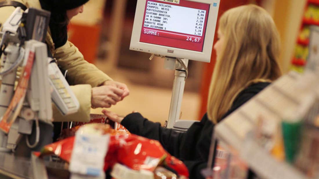 Wer einen Kassenzettel verlangt, entlarvt sich laut Ulrike Schwerdhöfer alsweniger betucht.