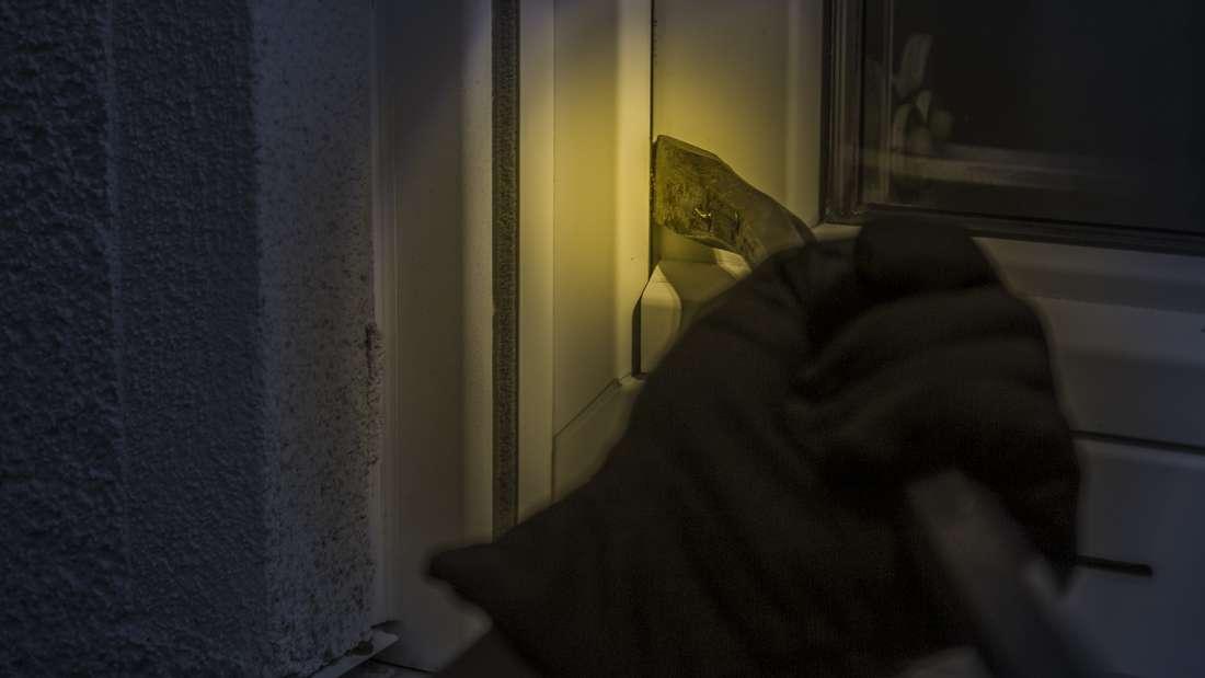 Vielen Bewohner laden Einbrecher förmlich dazu ein, ins Haus oder in die Wohnung einzudringen.
