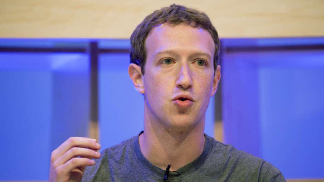 Der Facebook-Gründer (geschätztes Vermögen: 62,1 Milliarden Dollar) ist gerade einmal 34 Jahre alt - und dennoch bereits einer der reichsten Unternehmer der Welt. Er verdient sage und schreibe 1.712.328 Millionen Dollar pro Stunde. Dennoch lebt er sehr bescheiden und zurückgezogen mit seiner Familie.