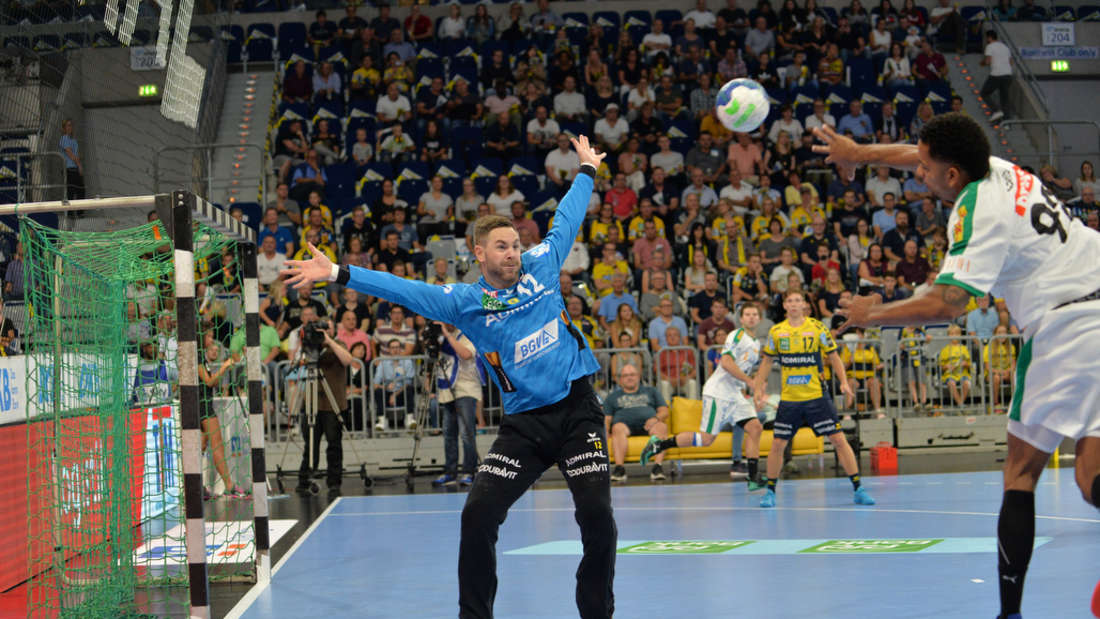 Löwen-Keeper Andreas Palicka verhindert die Niederlage gegen Leipzig.