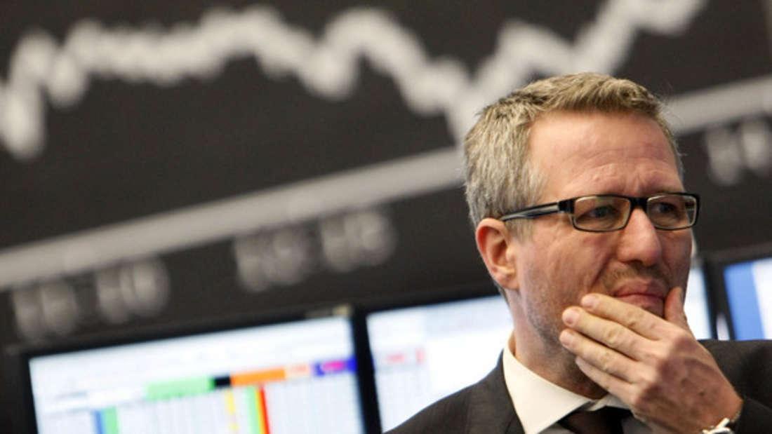 Um an der Börse durchzustarten, sollten Sie sich vorher gründlich informieren. Auch über Aktienkennzahlen.