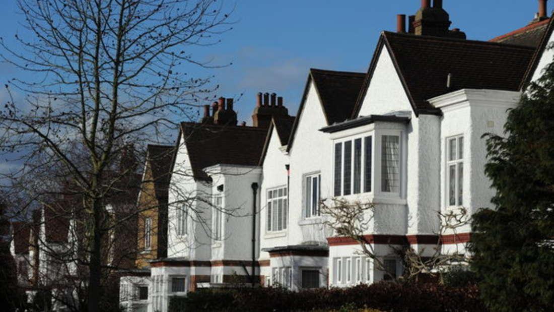 Auch in Großbritannien steigen die Immobilienpreise weiter an.
