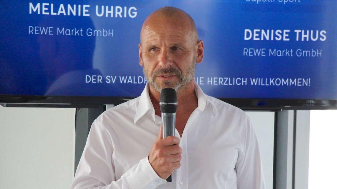 Bernhard Trares ärgert sich über den Punktabzug gegen seine Mannschaft (Archivfoto)