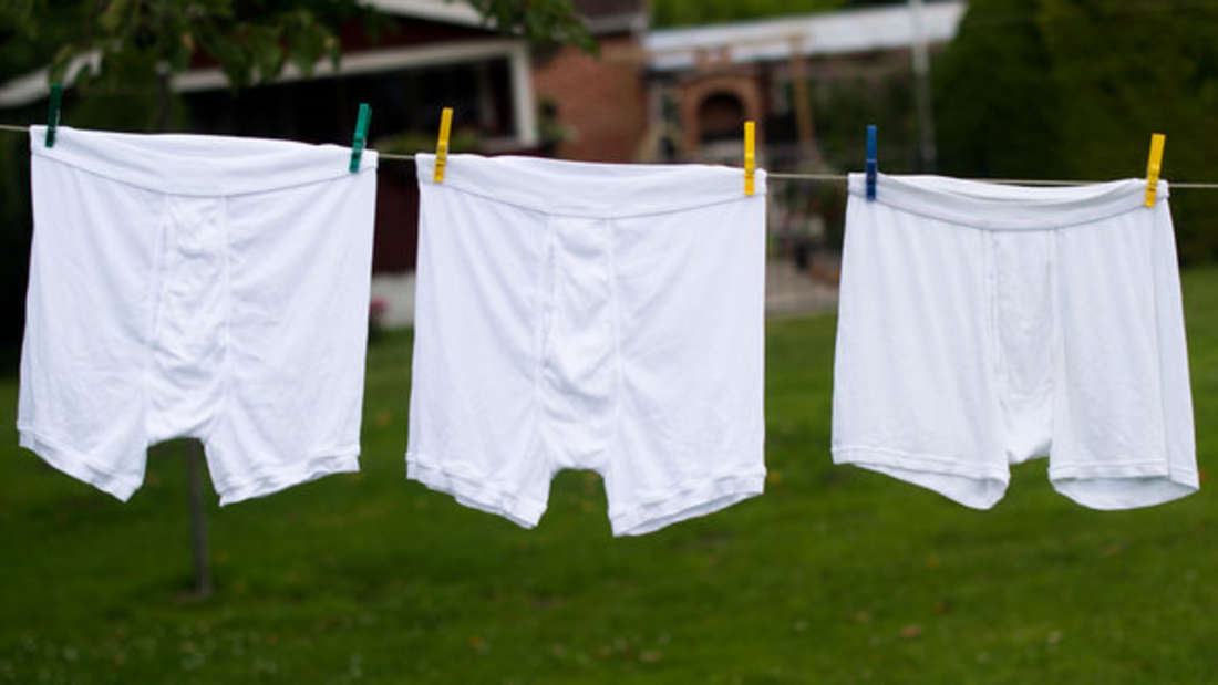 Auch die Unterwäsche will hygienisch gewaschen werden. Dazu gibt's hier Tipps.